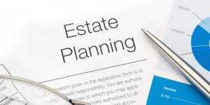 Read more about the article ESTATE PLANNING LAWYER
